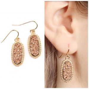Gold druzy quartz earrings NWT